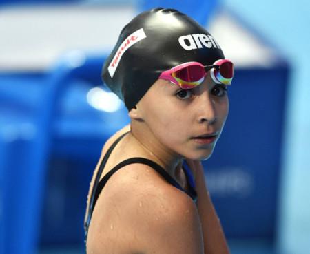 Una nadadora de 10 años debuta en el mundial de Kazán y se abre la polémica: ¿niños precoces o padres exigentes?