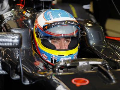 Fernando Alonso no recibe el permiso de la FIA para correr en Baréin