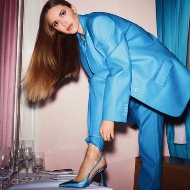 El fin del confinamiento llegará: prepara tu armario para ese (gran día) y vístelo con un dos piezas en azul eléctrico