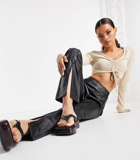 Pantalones Negros Con Aberturas En La Parte Delantera De Poliuretano Bellamy De Threadbare Petite