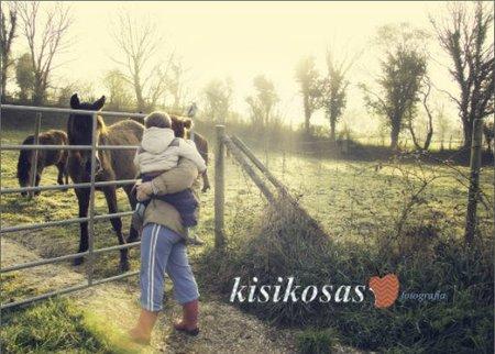 Kisikosas nos ofrece sesiones de fotografía familiar y la posibilidad de aprender sobre este arte