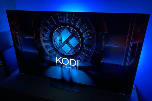 Así puedes tener Kodi en un televisor con Android TV sin tener que pasar por Google Play Store