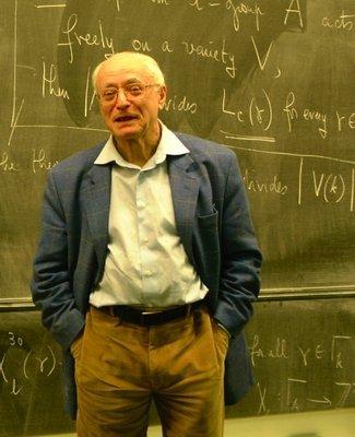 ¿Hay que ser joven para ser un brillante matemático? Matemáticas, precocidad y longevidad.