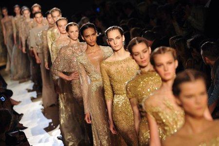 Elie Saab Alta Costura Otoño-Invierno 2012/2013, elegancia con recogidos muy románticos