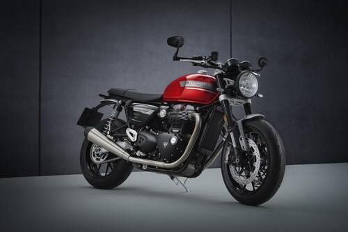 La Triumph Speed Twin se refuerza con 100 CV, frenos más potentes y una parte ciclo mejorada, desde 13.500 euros