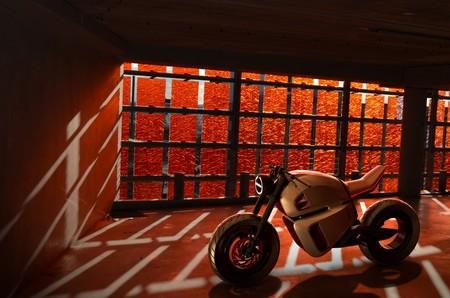 Los ultracondensadores son 'el truco' de esta moto eléctrica para alcanzar los 300 km de autonomía