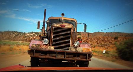 Enseñar moral a las máquinas: el gran reto del coche autónomo
