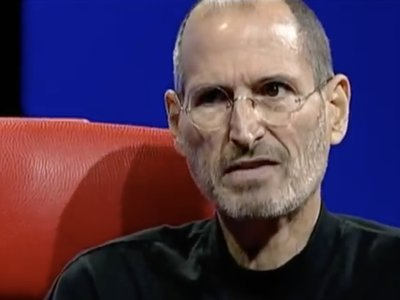"""""""Privacidad es que la gente sepa a qué se está apuntando"""", así definía Steve Jobs el problema en 2010"""