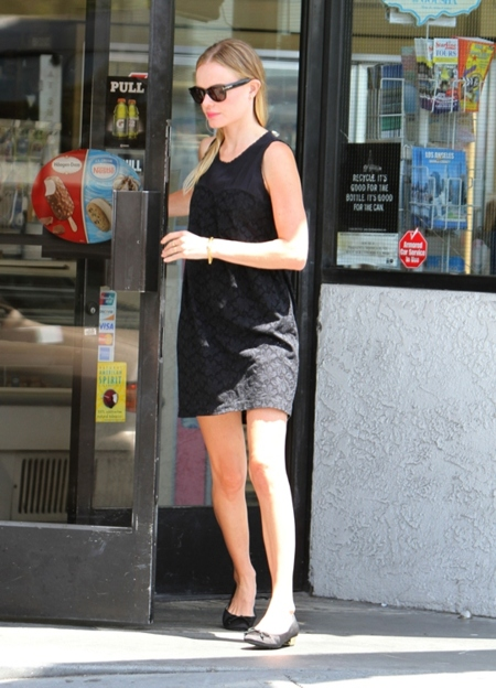 kate bosworth vestido negro