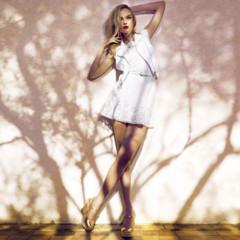 Foto 17 de 26 de la galería stradivarius-lookbook-mayo-2012-de-blanco-y-flores en Trendencias