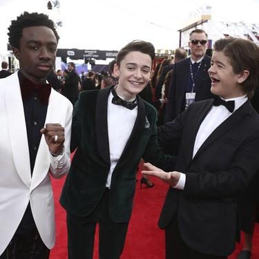 El reparto de Stranger Things, triunfadores en la alfombra roja de los SAG Awards