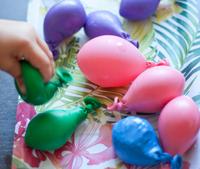 Hazlo tú mismo: globos sensoriales, un juego estimulante para niños
