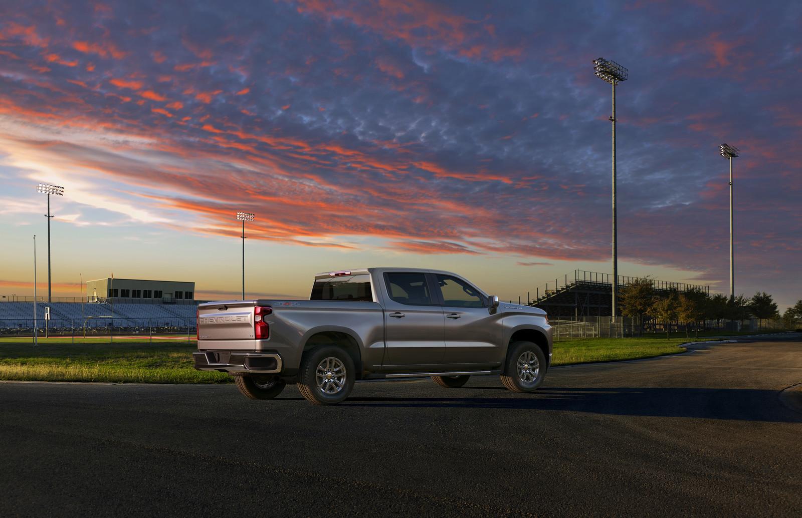 Foto de Chevrolet Silverado 2019 (7/21)