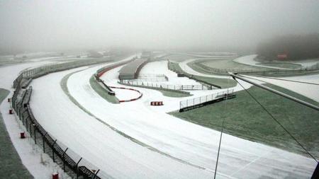 La nieve entorpece la pretemporada de los equipos del Mundial de Turismos