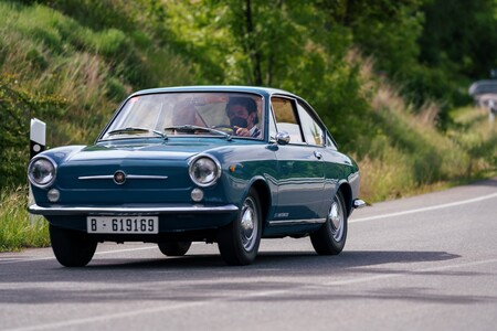 Seat 850 Coupe 10