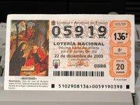 Cinco razones para no pagar el impuesto de los tontos: comprar lotería