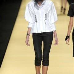 Foto 13 de 32 de la galería karl-lagerfeld-en-la-semana-de-la-moda-de-paris-primavera-verano-2009 en Trendencias