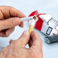 Dejar de fumar por completo, y no solo reducir el número de cigarrillo, contribuye a disminuir el riesgo de enfermedades cardiovasculares