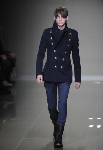 Foto de Burberry Prorsum, Otoño-Invierno 2010/2011 en la Semana de la Moda de Milán (16/16)