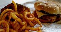 Más impuestos a las hamburguesas ¿la solución contra su consumo?