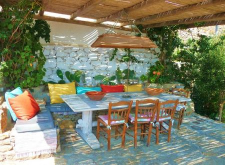 mykonos-porche.jpg