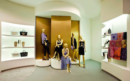 tienda-versace-abre-en-hong-kong-5.jpg