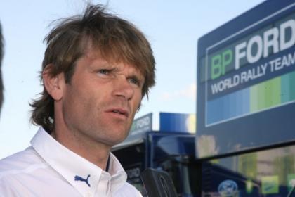 Marcus Gronholm prueba el Subaru Impreza S14 WRC