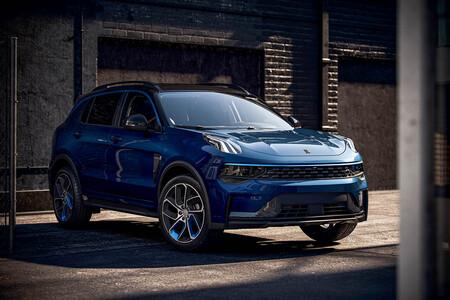 El SUV chino Lynk & Co 01 desembarca en España en versiones híbrida e híbrida enchufable, desde 30.500 euros