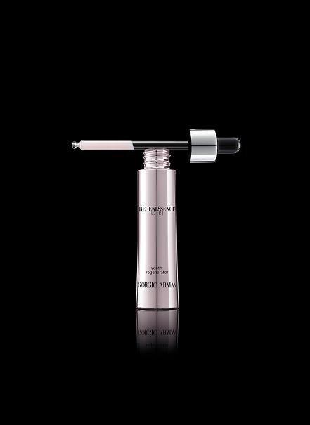 Giorgio Armani Cosmetics presenta Regenessence [3.R]