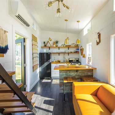 Once interiores adorables dentro de once minicasas prefabricadas