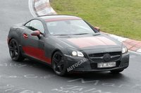 Mercedes SLK 2011, ahora lo vemos en circuito