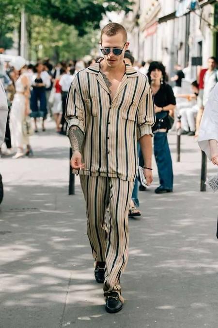 El Mejor Street Style De La Semana Los Mules Desplazan A Los Mocasines Como El Calzado Clave De Verano 08