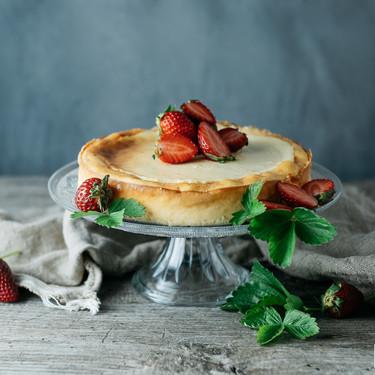 Tres recetas de tartas refrescantes con queso y yogur para darte un delicioso capricho este verano