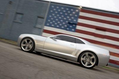¿El nuevo Chevrolet Camaro saltará el charco?