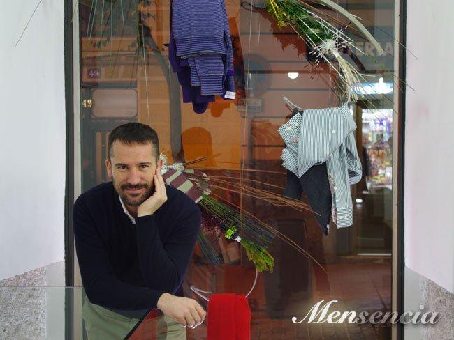 Manuel García, en la tienda García Madrid