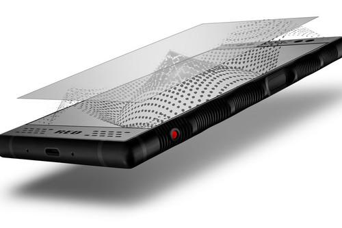RED Hydrogen One, pantalla y cámaras 3D, 4.500 mAh de batería y procesador del año pasado