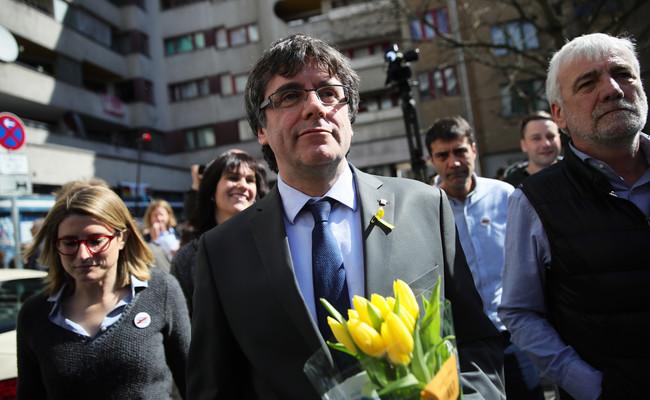 No habrá rebelión: la extradición condicionada de Puigdemont tambalea la causa del procés