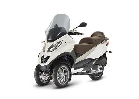 Nuevo Piaggio MP3 300 LT ABS ASR, seguridad máxima