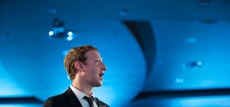 Mark Zuckerberg ha abierto la puerta a un Facebook de pago: ese puede ser el precio de la privacidad