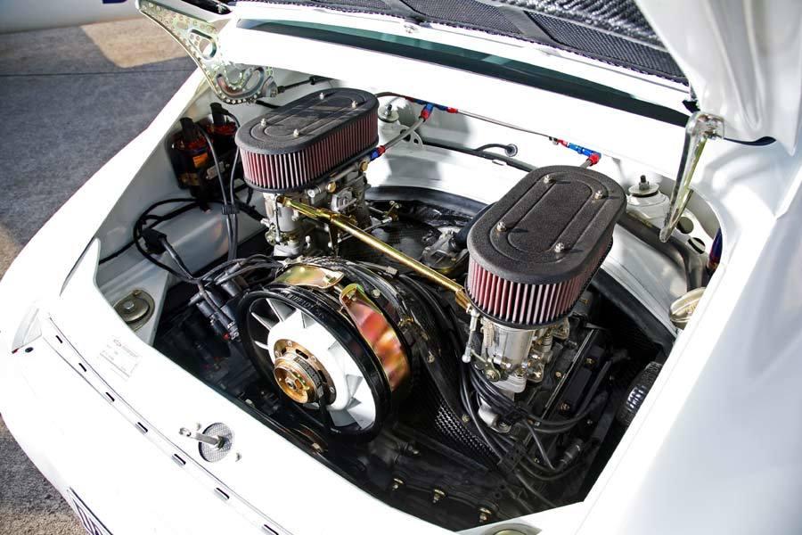 DP Motorsports Lightweight Porsche 911