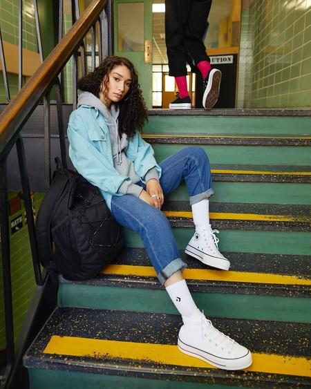 Las Converse con plataforma son la opción más molona esta temporada para subirte a las alturas sin perder comodidad