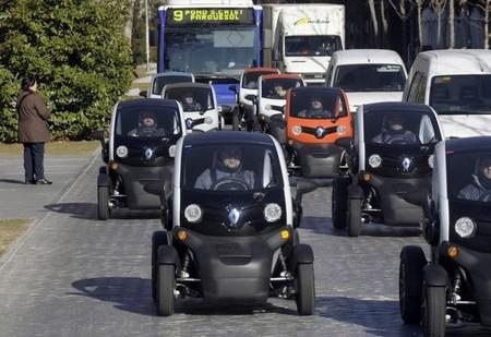 Renault Twizzy convoy