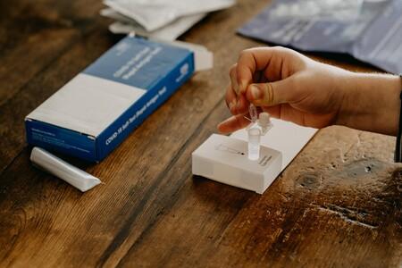 Cómo funcionan los test de antígenos: para qué sirven y para qué no los controles que finalmente ya se venden en las farmacias