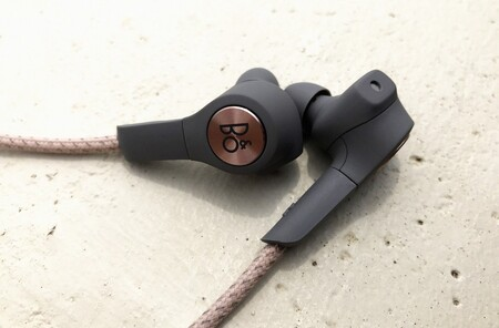Beoplay H5 02