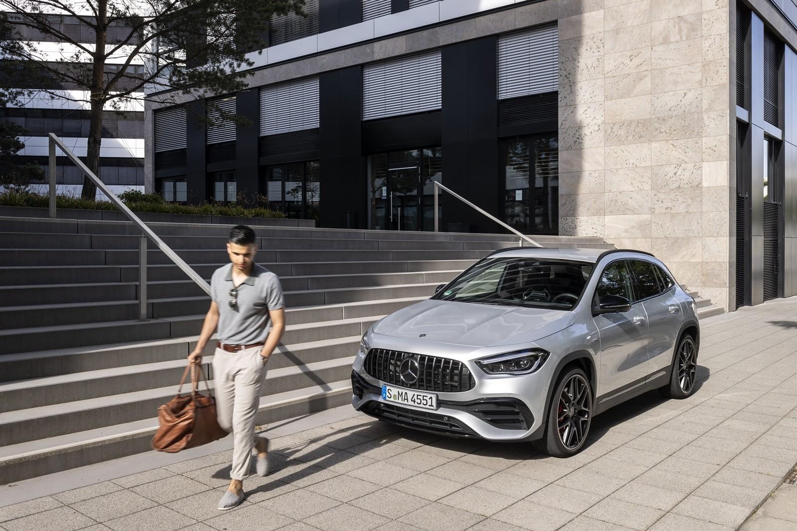 Foto de Mercedes-AMG GLA 45 S 2020 (7/28)
