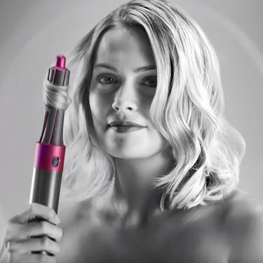 Así es la nueva herramienta para el pelo de Dyson con la que podremos peinarnos sin calor extremo