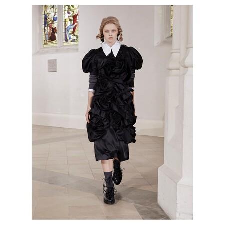 Desfile Otoño Invierno 2021 de Simone Rocha London Fashion Week