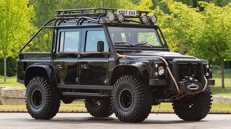 El Land Rover Defender 110 SVX de la película 007: Spectre busca dueño
