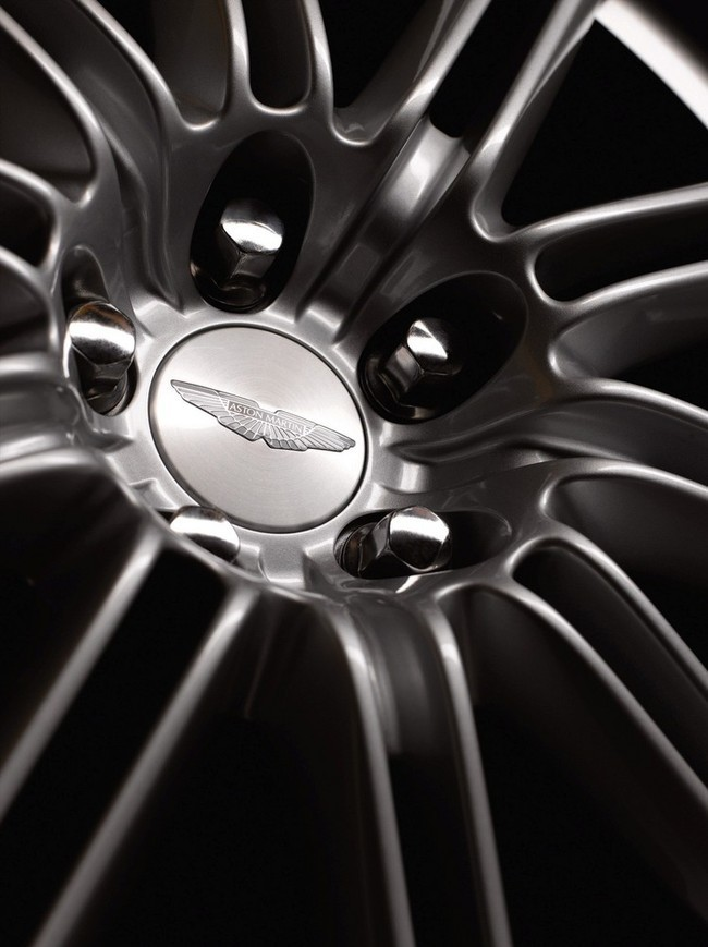 Foto de Aston Martin DBS (26/93)