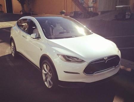 Un Tesla Model X que ya rueda por Los Ángeles